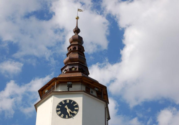 Vyhlídková věž kostela sv. Mikuláše s průvodcem